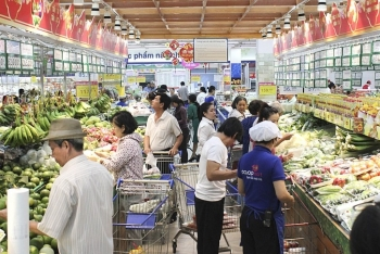 Vietnam's retail sales and service revenue in June up 6.2%