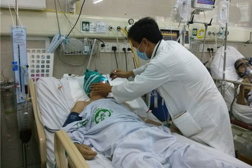 New policy in Vietnam: Reduce 30% of health service fees until the end of 2020