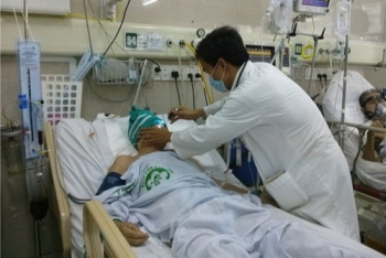new policy in vietnam reduce 30 of health service fees until the end of 2020