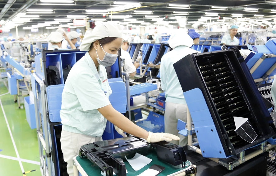 vietnam a safe and attractive destination for foreign investors