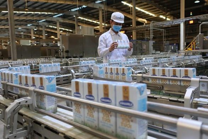 vietnamese factorys milk licensed to export to china
