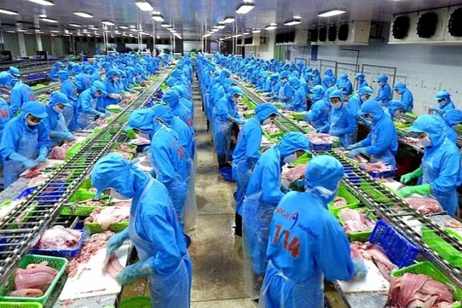 Trade surplus in Vietnam reaches record in seven months