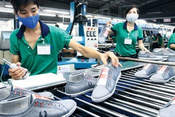 Vietnamese businesses keep suffering from Covid-19 impact