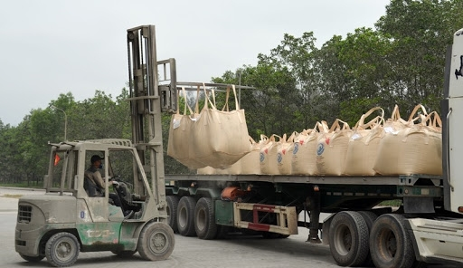 vietnamese cement exports rake in usd 732 million over seven month period