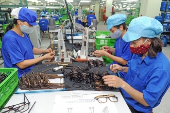 vietnam ranked among top 16 most successful emerging economies in the world
