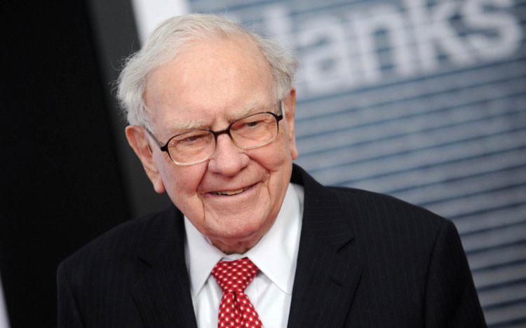 Apple stock reached a new peak – Big win for Warren Buffett
