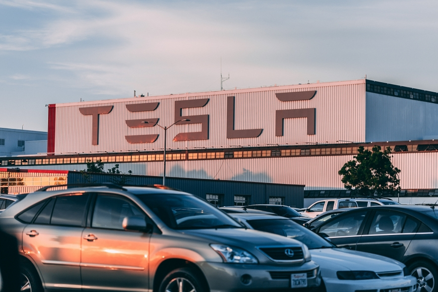 telsa stock what to expect on quarterly report tomorrow on wednesday