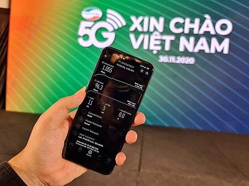 Vietnam's 5G services race heats up as major mobile carriers launch trials