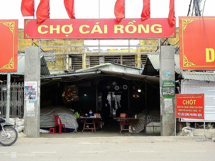 Photos show life under Covid 19 lockdown in Vietnam town
