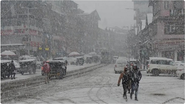 India daily weather forecast latest, February 20: A fresh spell of rainfall and snowfall to sweep Western Himalayan region