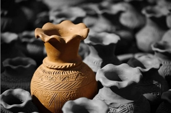 Exploring one of the oldest pottery villages in Southeast Asia