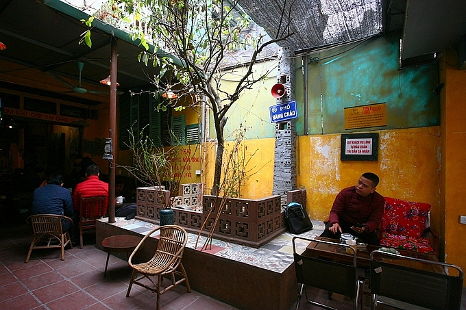 Immersed in memories of subsidy period with Hanoi's coffee shop