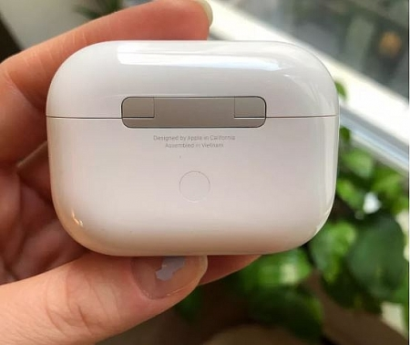 Apple reportedly shifts AirPods Pro lineup to Vietnam as first product leaked in photo
