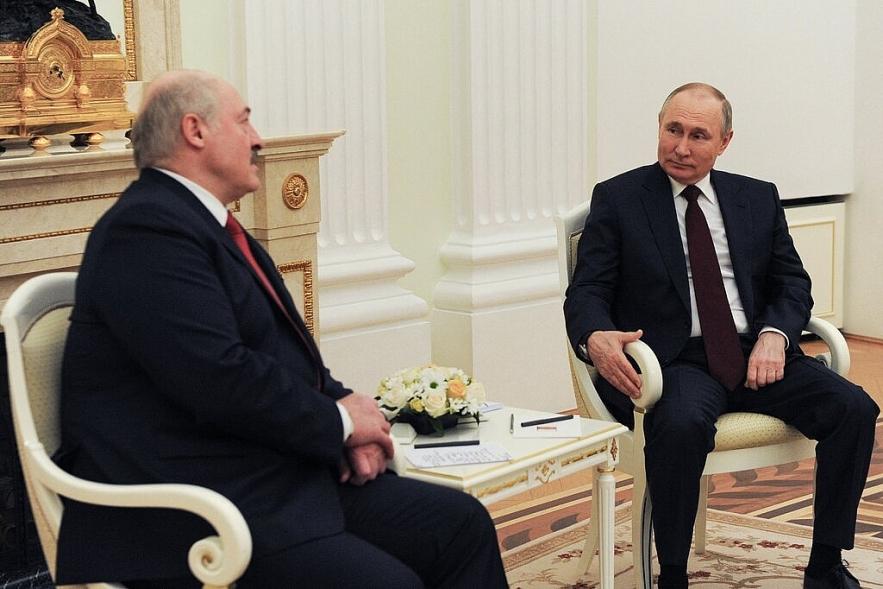 EU leaders agree on Belarus sanctions over jetliner 'state piracy'