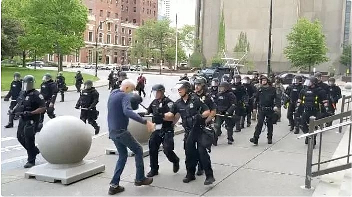 protests and riots in america update two buffalo officers shoving 75 year old protester charged with assault