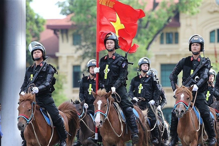 vietnams cavalry mobile police force makes debut
