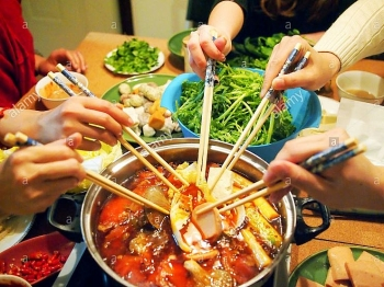 chinese give up eating habit like vietnamese