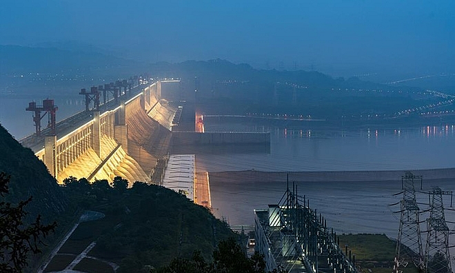 the full of water reservoir of chinas three gorges dam can slow down earths rotation