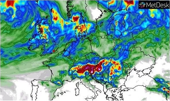uk and europe weather forecast latest july 24 warning issued to tropical storm gonzalo with thunderstorm and torrential rain