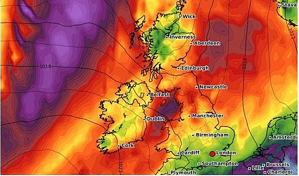 UK and Europe weather forecast August 6: Torrential rain to battle UK before temperature rockets