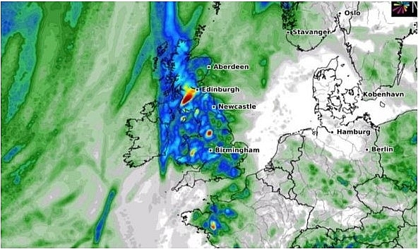 uk and europe weather forecast latest august 9 yellow warnings for thunderstorm across the uk