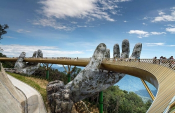 love exploring praises golden bridge in da nang as an international masterpiece