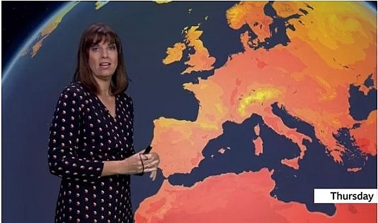 uk and europe weather forecast latest august 14 lightening storm warning for the uk