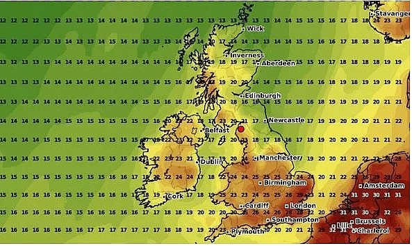 uk and europe weather forecast latest august 15 thunderstorm warnings issued for the weekend in uk amid the fierce heatwave