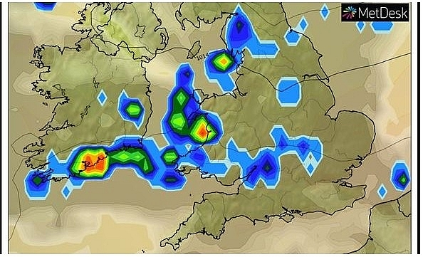 uk and europe weather forecast latest august 17 thunderstorm and floods strike up to 90 mm rain in the uk
