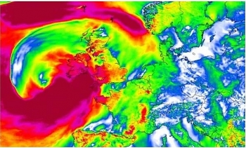 uk and europe weather forecast latest august 18 autumnal as storm kyle battles the uk