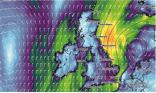 UK and Europe weather forecast latest, August 30: Storms leading more rain to batters new parts of UK