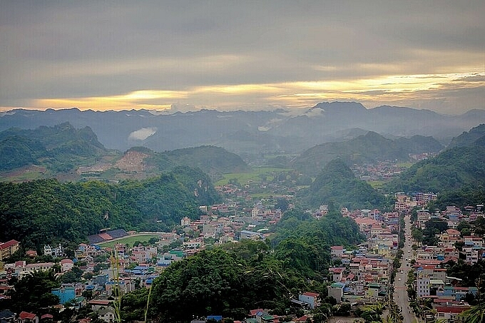 exploring moc chau with unforgettable experience in a wonderful day trip