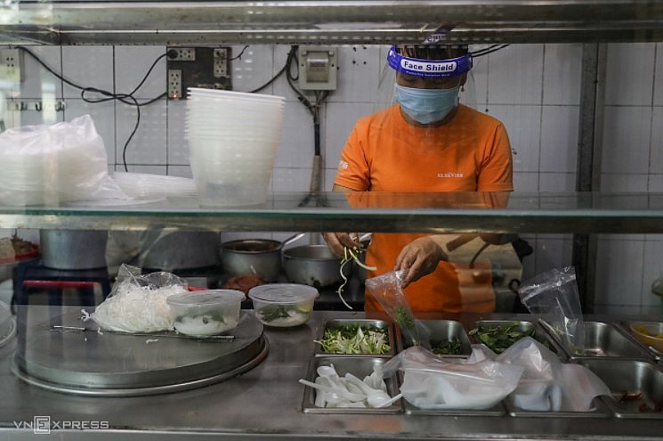 F&B firms in HCMC brace for reopening challenges