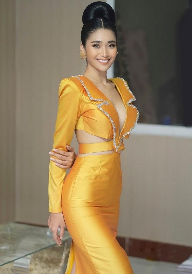 Miss Cambodia's Fiery Body Causes A Fever On Vietnamese Social Media