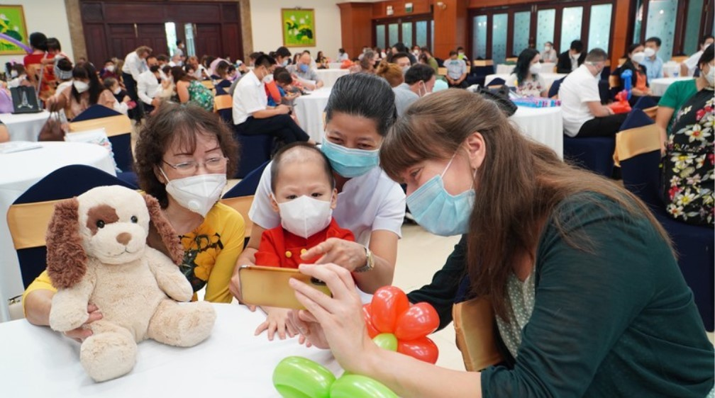91 European Families Pick Up Adopted Children In Vietnam