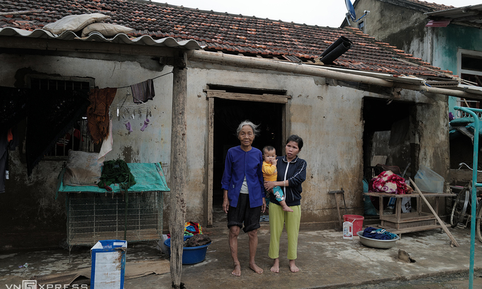An fundraising photo exhibition in Australia opened by Vietnamese photographer to support Central Vietnam