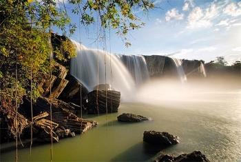admiring four fascinating waterfalls in vietnam