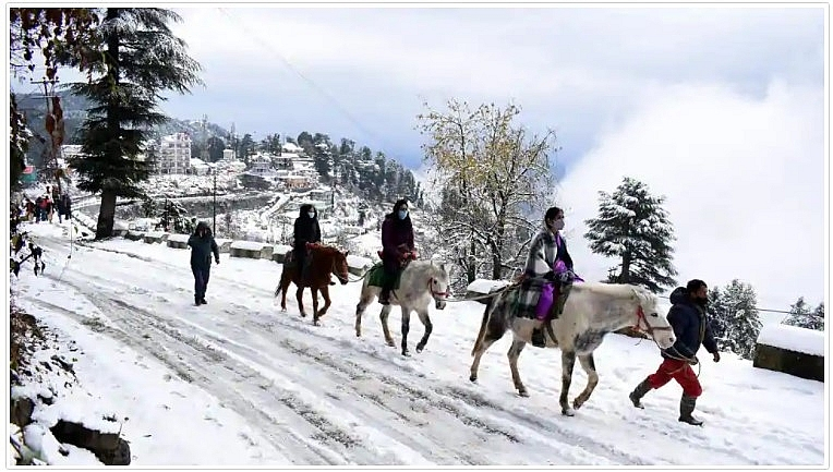 India weather forecast latest, November 28: Some parts witness fresh snowfall with national highway 5 blocked