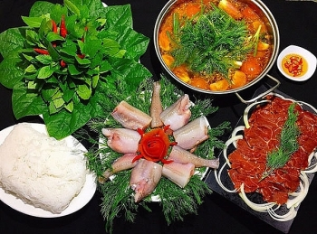 bombay duck fish hotpot one of famous local food dishes in quang binh province