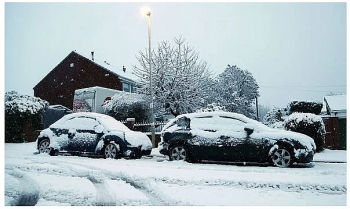 uk and europe weather forecast latest december 31 more ice snow and wintry showers to blanket large parts of the uk