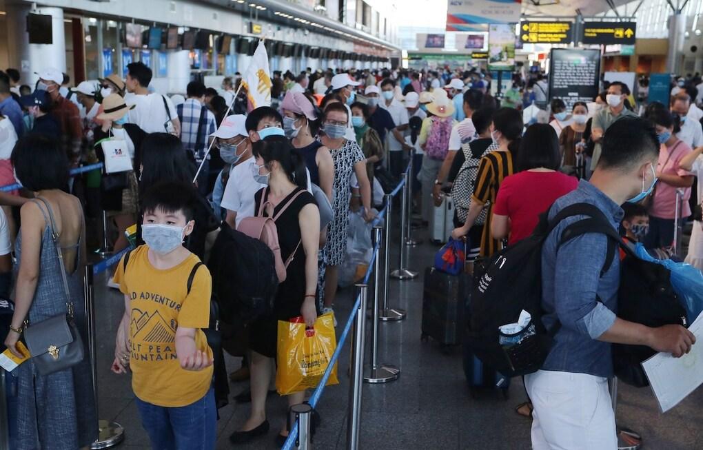 ceasing international flights to da nang