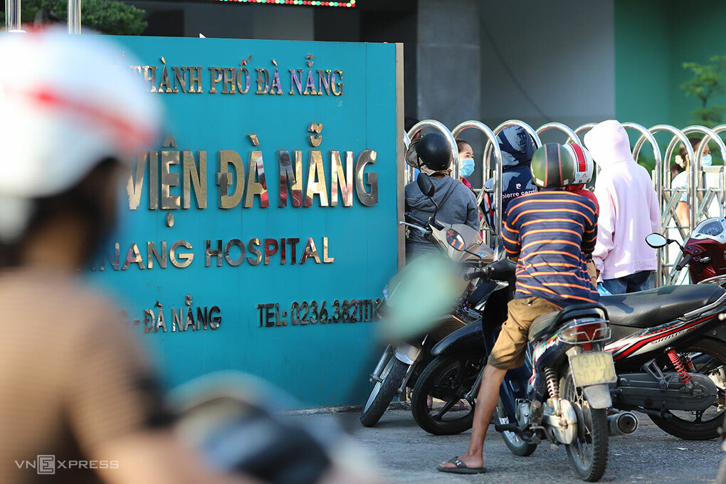 latest updates of covid 19 danang records another 11 positive cases delaying all activities