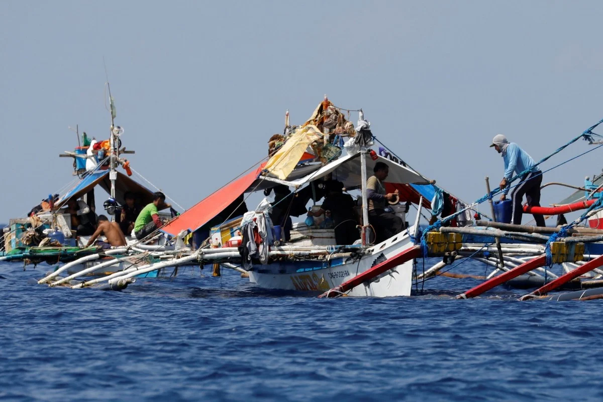 Bien Dong Sea: Philippines protests against China's illegaly fishing seizures.