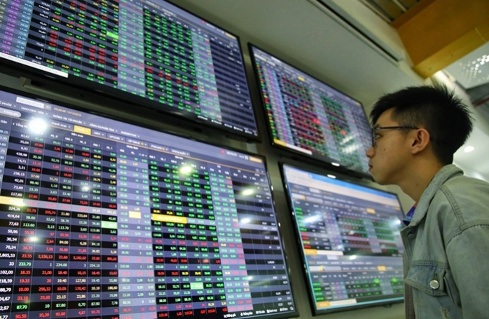 vietnam stock market paid attention internationally by surge of new investors with record jumps