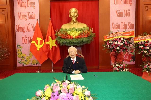 vietnam and laos top leaders hold phone talks