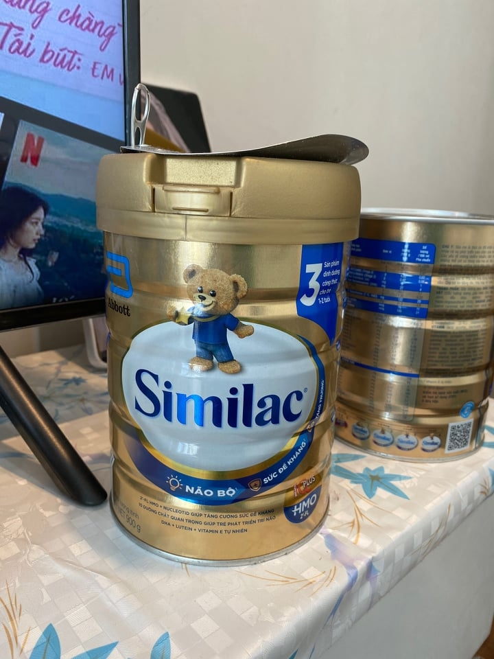 similac formula abbott milk in vietnam found curdled and changed color