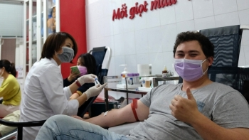 Blood donation by foreigners in Vietnam - humanitarian value and interests of life