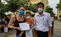280 foreign tourists in central vietnam complete quarantine