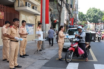 Police take part to enhance COVID-19 prevention in Hochiminh City