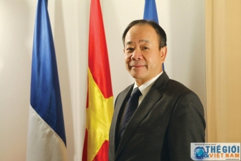 "Vietnam Ambassador to France: Stay calm, support together and overcome ""Covid-19"" affliction"